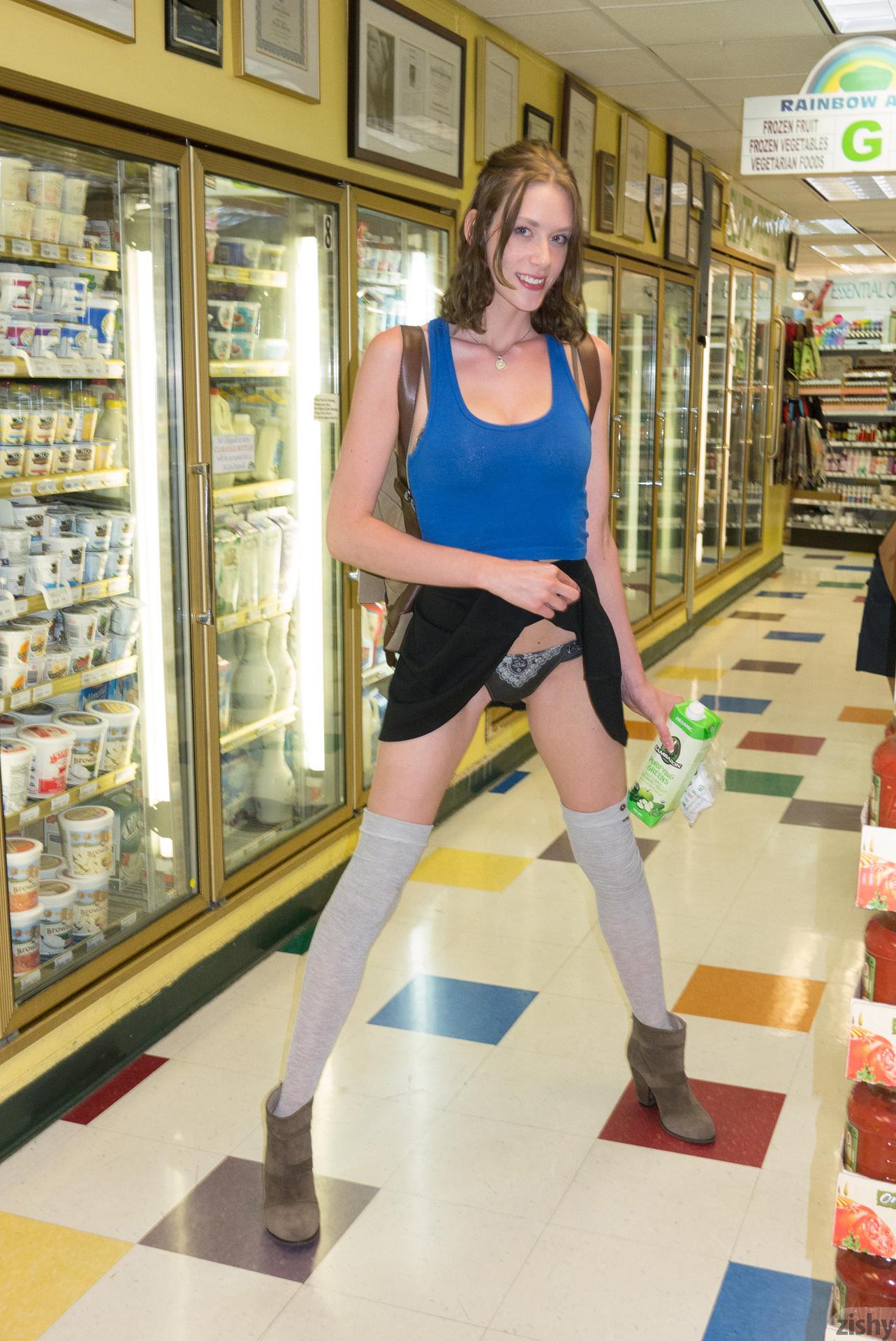 http://images.sexyteenheat.com/403/143631/f7257bd401fa60b1bf4f6427c406fc25/1296611.jpg